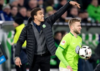 Wolfsburg-Trainer Valerien Ismael fightet um Punkte