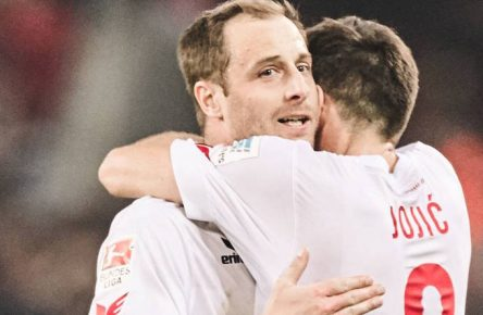 04.04.2017, Kˆln, Deutschland, 1.Fuflball Bundesliga, 1.FC Kˆln - Eintracht Frankfurt, Kˆlns Matthias Lehmann und Milos Jojic feiern den 1:0 Sieg  04 04 2017 Cologne Germany 1 Football Bundesliga 1 FC Cologne Eintracht Frankfurt Cologne Matthias Lehmann and Milos Jojic celebrate the 1 0 Victory