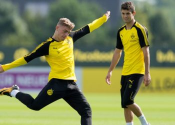 Dortmund, Germany, 2017-08-13, Training BV Borussia Dortmund, BVB, Jacob Bruun Larsen (BVB) in aktion, Christian Pulisic (BVB) ( DeFodi001