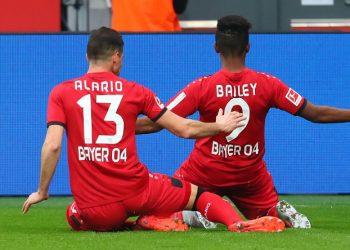 Im Aufwind: Alario und Bailey von Bayer Leverkusen