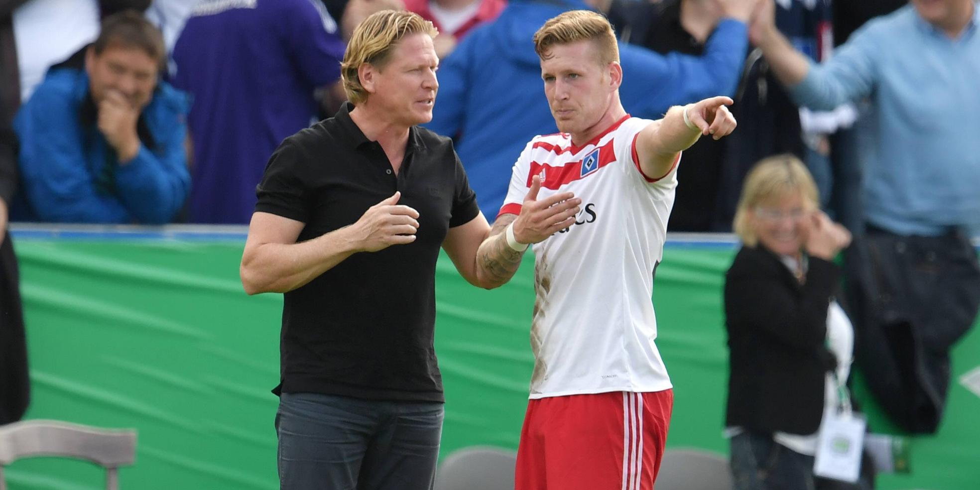HSV-Trainer Markus Gisdol mit Stürmer Andre Hahn