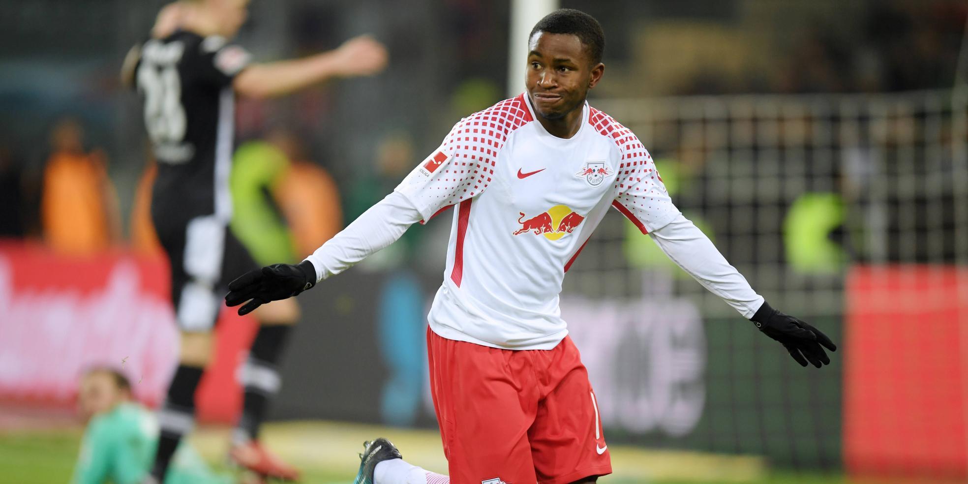 Ademola Lookman trifft in seinem ersten Spiel für RB Leipzig