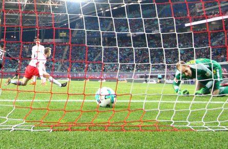 Bittencourts Treffer hält die FC-Hoffnungen am Leben.