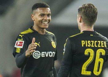 Manuel Akanji feiert sein Debüt für Borussia Dortmund