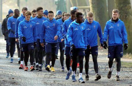Auf dem Weg in die 2. Liga? Die HSV-Stars marschieren Richtung Abgrund.
