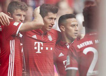 Der FC Bayern zerlegte Augsburg in seine Einzelteile.