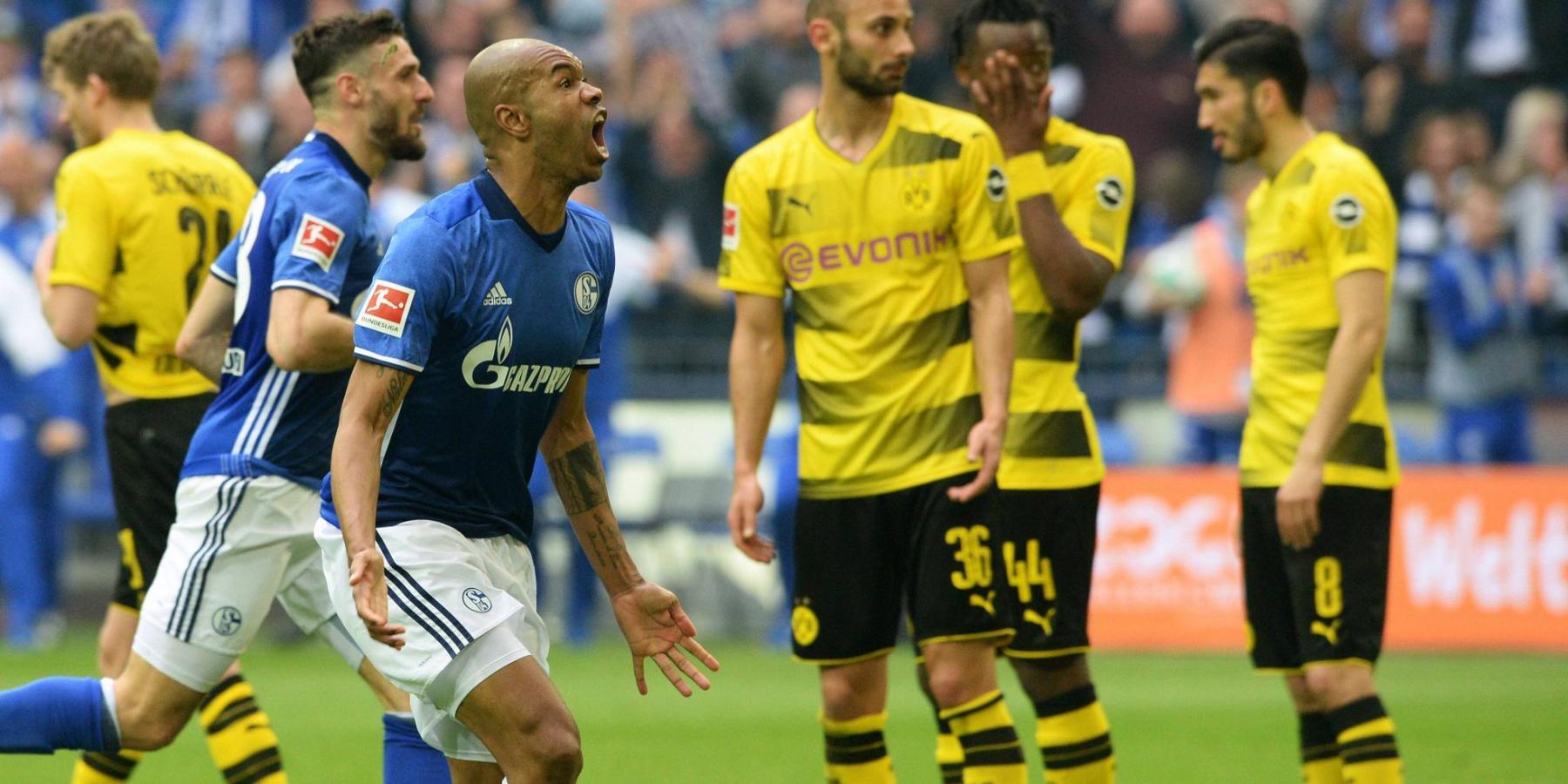 Naldo im Derby gegen Borussia Dortmund