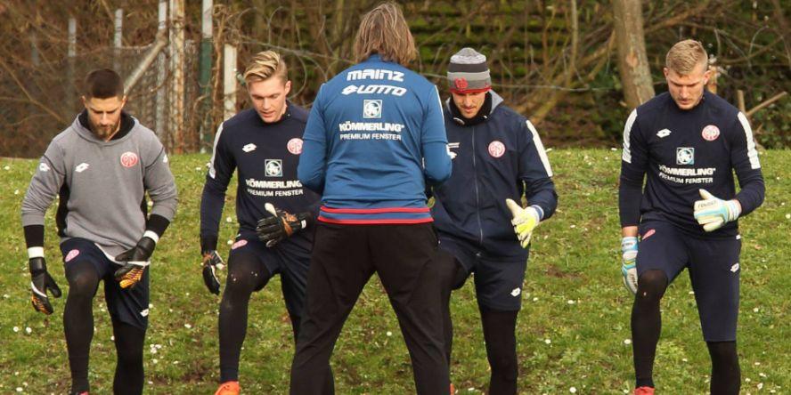 Vier Keeper, einer gewinnt: v.l.n.r.: Huth, Müller, Adler, Zentner