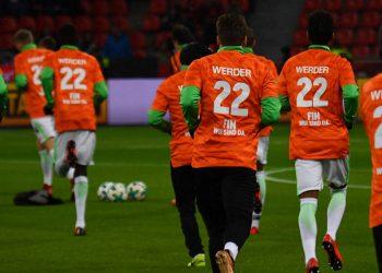 Die Werder-Stars drückten ihre Solidarität mit Fin Bartels aus.
