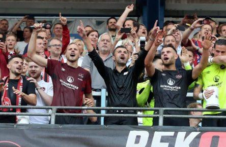 Der 1. FC Nürnberg feiert den Aufstieg