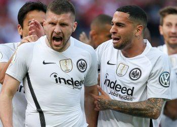 Im DFB-Pokal gemeinsam bei der Eintracht erfolgreich: Rebic und Mascarell
