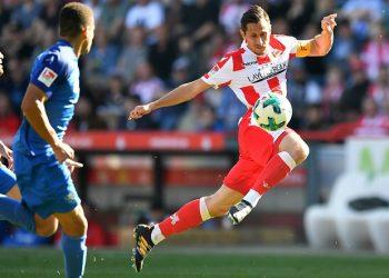Schalke-Fan Steven Skrzybski spielt ab sofort für die Königsblauen