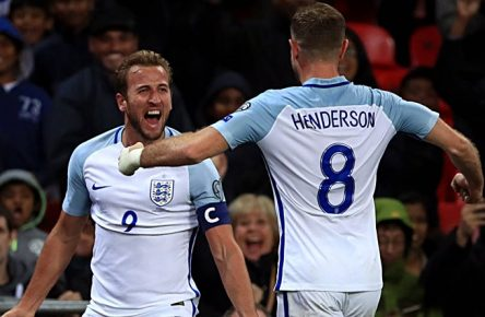 England v Slovenia - 2018 FIFA World Cup WM Weltmeisterschaft Fussball Qualifying - Group F - Wembley Stadium England s Harry Kane celebrates scoring the only goal of the game with teammate Jordan Henderson Use subject to FA restrictions. Editorial use only. Commercial use only with prior written consent of the FA. No editing except cropping. PUBLICATIONxINxGERxSUIxAUTxONLY Copyright: xJohnxWaltonx 33170059