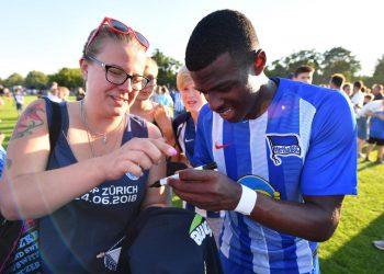 Javairo Dilrosun ist bei Hertha BSC angekommen