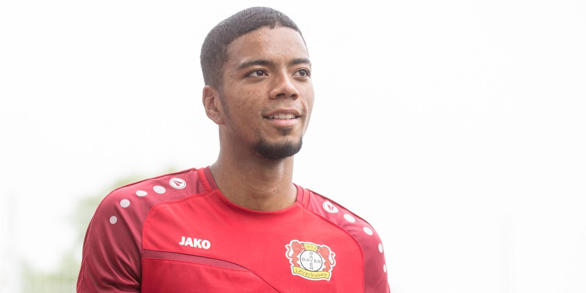Benjamin Henrichs von Bayer 04 Leverkusen