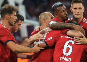 Ein Star des FC Bayern steht im Fokus von Manchester United.