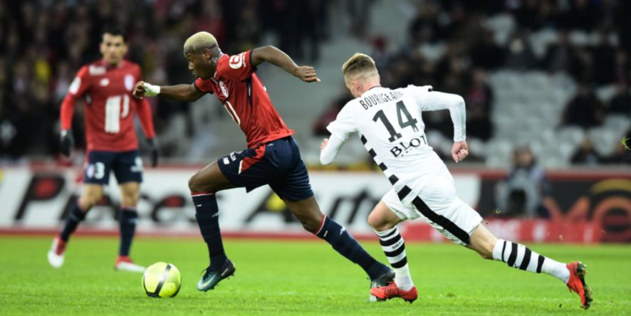 So wollen sie ihn auf Schalke sehen: Hamza Mendyl läuft ab sofort für Königsblau auf
