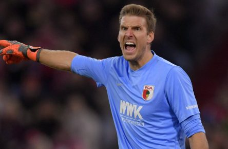 Andreas Luthe vom FC Augsburg