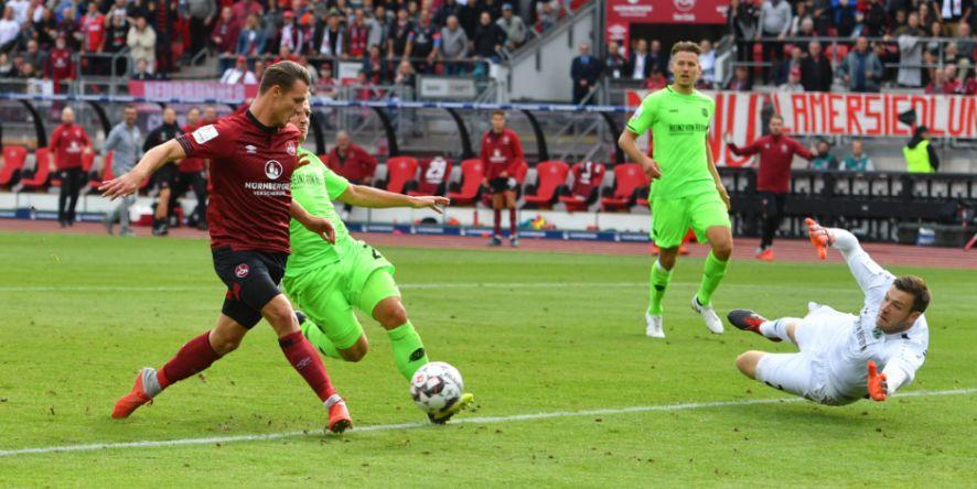 Auf zum ersten Saisonsieg: Törles Knöll organisierte den ersten Saisondreier für den Club fast im Alleingang