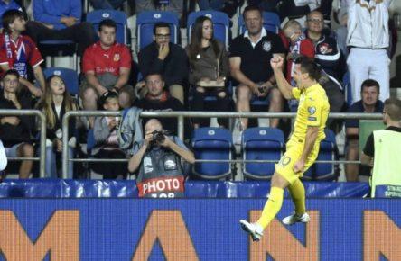 Nach dem Frust auf Schalke wieder gut drauf: Yevhen Konoplyanka