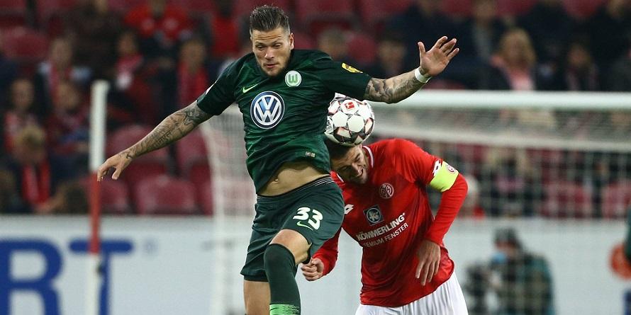 Blick nach unten: Wolfsburgs MW-Flop Daniel Ginczek