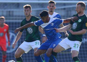 Klare Tendenz in Wolfsburg: Maxi Arnold und Yannick Gerhardt könnten in der Bundesliga die Doppelsechs bilden.