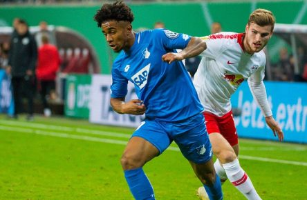 GER, DFB-Pokal 2018/2019 2. Hauptrunde, RB Leipzig vs. TSG 1899 Hoffenheim / 31.10.2018, Red Bull Arena, Leipzig, GER, DFB-Pokal 2018/2019 2. Hauptrunde, RB Leipzig vs. TSG 1899 Hoffenheim, DFL REGULATIONS PROHIBIT ANY USE OF PHOTOGRAPHS AS IMAGE SEQUENCES AND/OR QUASI-VIDEO. im Bild Nelson Reiss ( 9, TSG 1899 Hoffenheim), Timo Werner ( 11, RB Leipzig), *** DFB Pokal 2018 2019 2 Main Round RB Leipzig vs TSG 1899 Hoffenheim 31 10 2018 Red Bull Arena Leipzig GER DFB Pokal 2018 2019 2 Main Round RB Leipzig vs TSG 1899 Hoffenheim DFL REGULATIONS PROHIBIT ANY USE OF PHOTOGRAPH AS IMAGE SEQUENCES AND OR QUASI VIDEO in the picture Nelson Reiss 9 TSG 1899 Hoffenheim Timo Werner 11 RB Leipzig nordphotoxDostmann nph00325