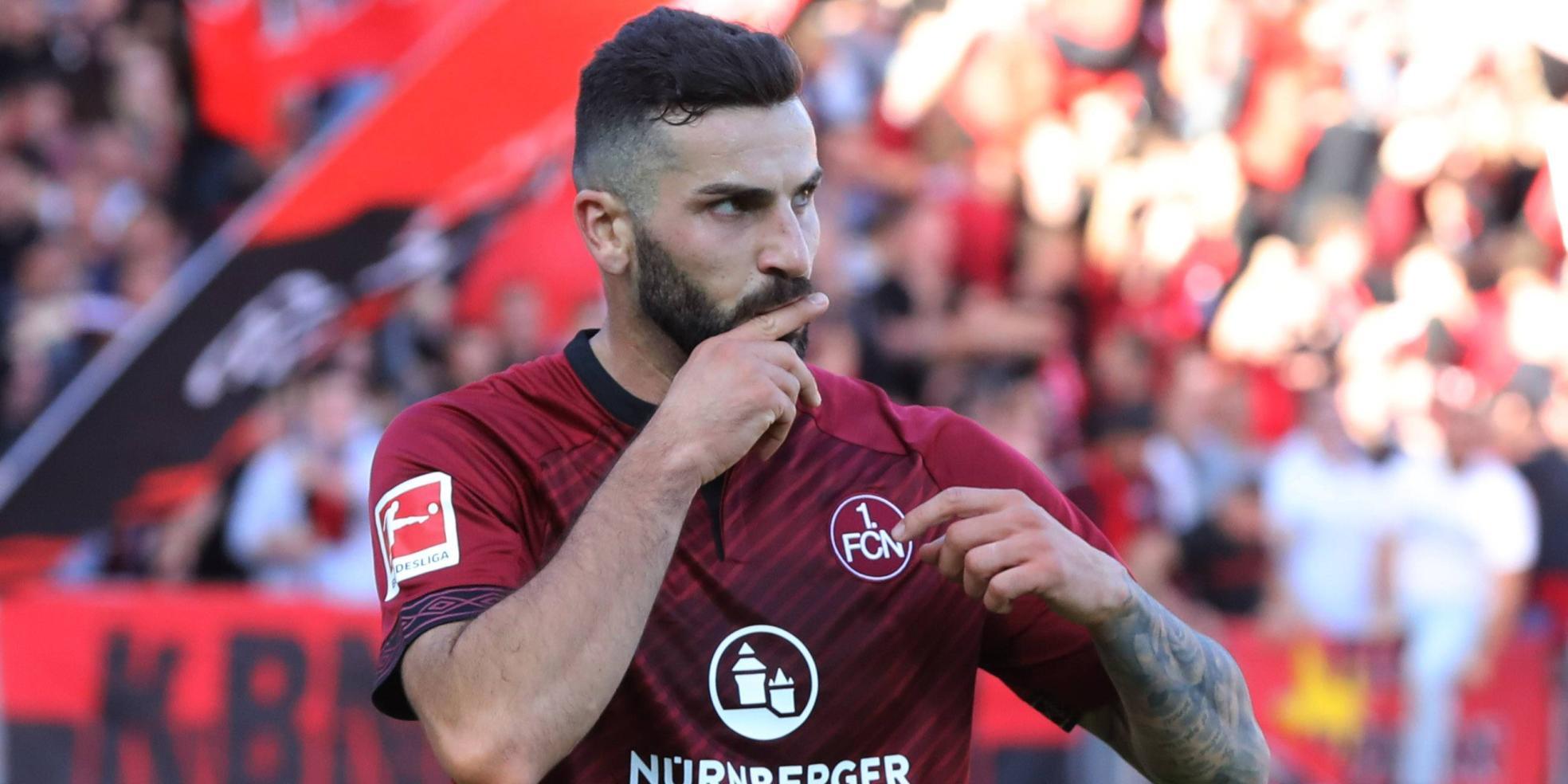 Mikael Ishak vom 1. FC Nürnberg