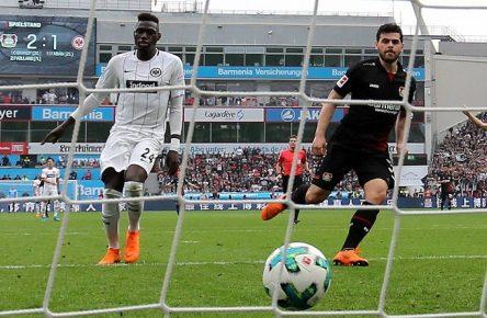 Leverkusen Frankfurt da Costa Volland Bundesliga Comunio Cropped