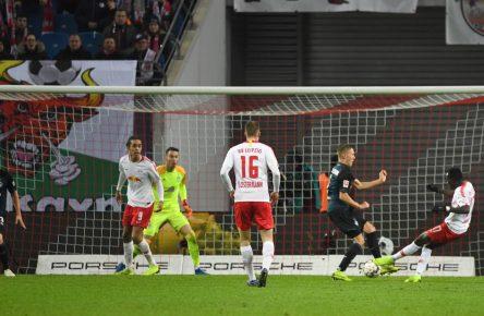 Bruma trifft zum 3:2 für Leipzig gegen Bremen
