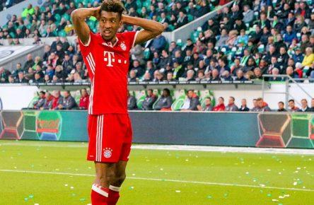 Aus 1. BL Saison 2016/17 VfL Wolfsburg gegen Bayern München 0:6 am 29.04.2017 in der VW Arena. Im Foto: Kingsley Coman 29 - wieder vorbei  out 1 BL Season 2016 17 VfL Wolfsburg against Bavaria Munich 0 6 at 29 04 2017 in the VW Arena in Photo Kingsley Coman 29 again over