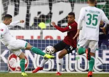 Milot Rashica trifft für den SV Werder Bremen in Hannover