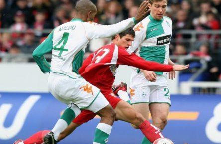 Youngster Gomez im Spiele gegen Werder Bremen 2006
