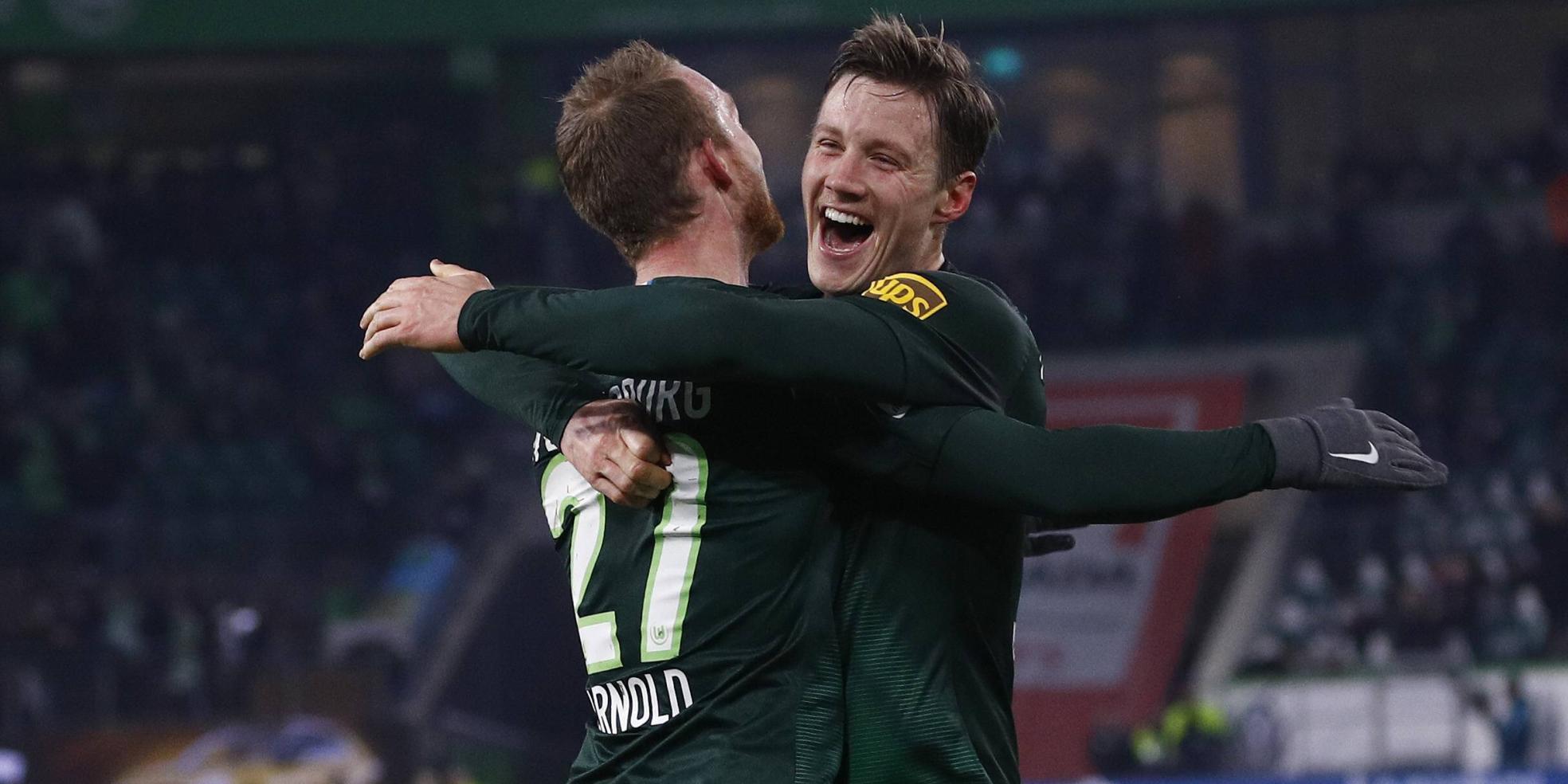 Wout Weghorst und Maximilian Arnold
