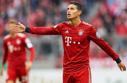 James RODRIGUEZ, FCB 11 Gesticulate, give instructions, action, single image, gesture, hand movement, pointing, interpret, mimik, half-size, portrait, FC BAYERN MUNICH - 1.FC HEIDENHEIM 5-4 DFB-Pokal, German Football Trophy , Munich, April 03, 2019 Season 2018/2019, Soccer, München, Quarterfinal, Viertelfinale Photographer: Peter Schatz