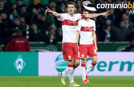 Christian Gentner vom VfB Stuttgart dirigiert sein Team
