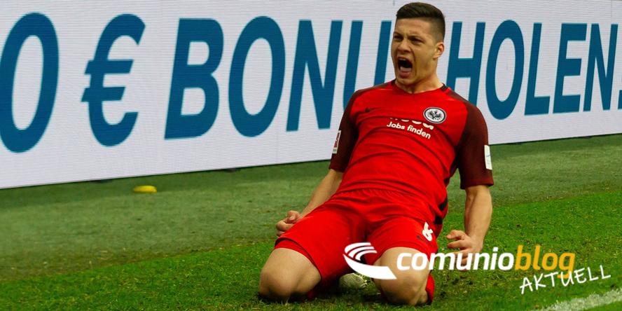Luka Jovic jubelt über sein Siegtor für Frankfurt beim FC Schalke