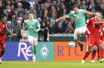 Max Kruse von Werder Bremen im Spiel gegen den FC Bayern München