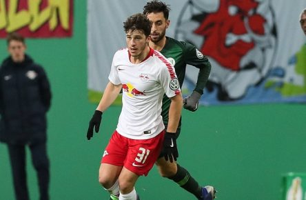Diego Demme (RB Leipzig) gegen Yunus Malli (VfL Wolfsburg) - DFB Pokal Achtelfinale Saison 2018-2019 RasenBallsport Leipzig vs.VfL Wolfsburg in der Red Bull Arena in Leipzig - Aktion,Deutschland, Fußball, Mann, Maenner,06.02.2019 - Gemäß den Vorgaben der DFL Deutsche Fußball Liga ist es untersagt, in dem Stadion und/oder vom Spiel angefertigte Fotoaufnahmen in Form von Sequenzbildern und/oder videoaehnlichen Fotostrecken zu verwerten bzw. verwerten zu lassen. DFL regulations prohibit any use of photographs as image sequences and/or quasi-video. *** Diego Demme RB Leipzig vs. Yunus Malli VfL Wolfsburg DFB Cup Round of 16th Finals Season 2018 2019 RasenBallsport Leipzig vs. VfL Wolfsburg in the Red Bull Arena in Leipzig Aktion Deutschland Fußball Mann Maenner 06 02 2019 According to the DFL Deutsche Fußball Liga it is forbidden to use or have used in the stadium and or from the match photos taken in the form of sequence pictures and or video-like photo series DFL regulations prohibit any use of photographs as image sequences and or quasi-final DFL regulations prohibit any use of photographs as image sequences and or quasi-full of video sequences.