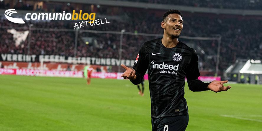 Sebastien Haller von Eintracht Frankfurt freut sich über seinen Treffer in Düsseldorf
