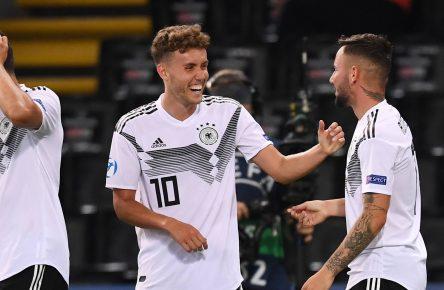 Waldschmidt Richter Freiburg Augsburg U21 EM Tor Gewinner Comunio Bundesliga Cropped