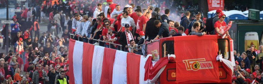 Union feierte den ersten Bundesliga-Aufstieg der Klubgeschichte gebührend.