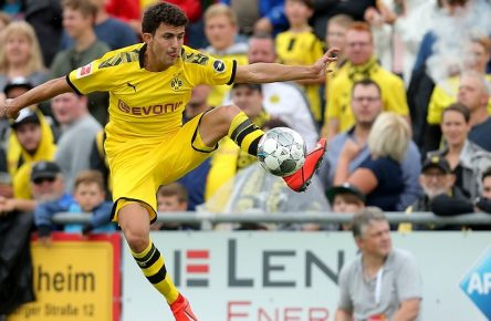 Hardheim, Germany 12.07.2019, Freundschaftsspiel, FC Schweinberg vs. Borussia Dortmund, Mateu Morey (BVB) in aktion, am Ball, Einzelaktion, controls the ball ( Defodi-09-541-019313 *** Hardheim, Germany 12 07 2019, friendly match, FC Schweinberg vs. Borussia Dortmund, Mateu Morey BVB in action, on the ball, single action, controls the ball Defodi 09 541 019313 Defodi-541