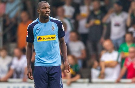Straelen, Deutschland, 27.07.2019, Freundschaftsspiel, Testspiel, Borussia Moenchengladbach - SCO Angers, Marcus Thuram (Moenchengladbach) schaut ( Straelen Sportzentrum an der Roemerstraße Germany eu-images-09-542-003718 *** Straelen, Germany, 27 07 2019, friendly match, test match, Borussia Moenchengladbach SCO Angers, Marcus Thuram Moenchengladbach watching Straelen sports center on Roemerstraße Germany eu images 09 542 003718 eu-images-542