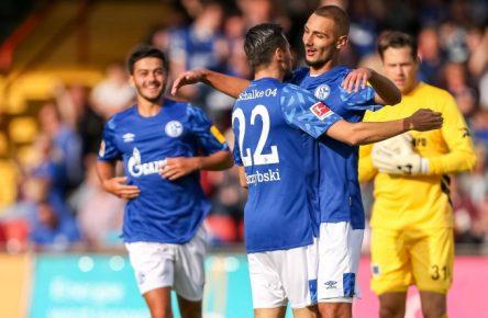 Der FC Schalke gewann sein erstes Testspiel gegen RW Oberhausen.