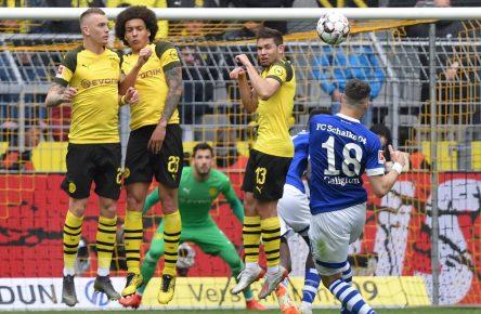 Caligiuri Freistoß Bundesliga Comunio Schalke Cropped