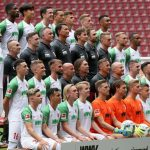 Saisonvorschau FC Augsburg: Ein verschworener Haufen mit vielen Unwägbarkeiten