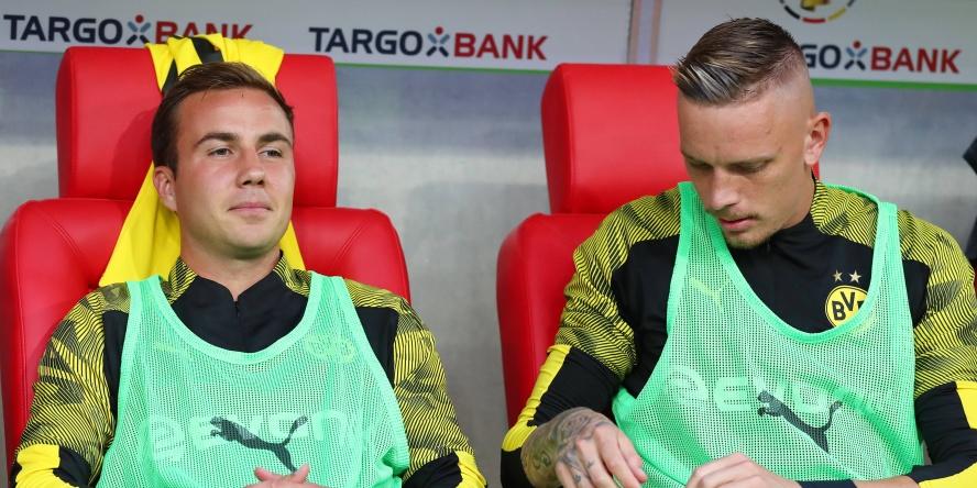 Mario Götze (l.) wird vermutlich auch zum Ligastart auf der Bank sitzen.