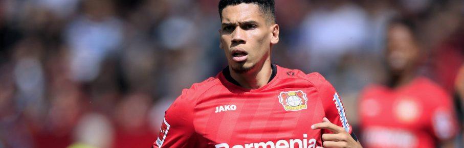 Paulinho von Bayer 04 Leverkusen
