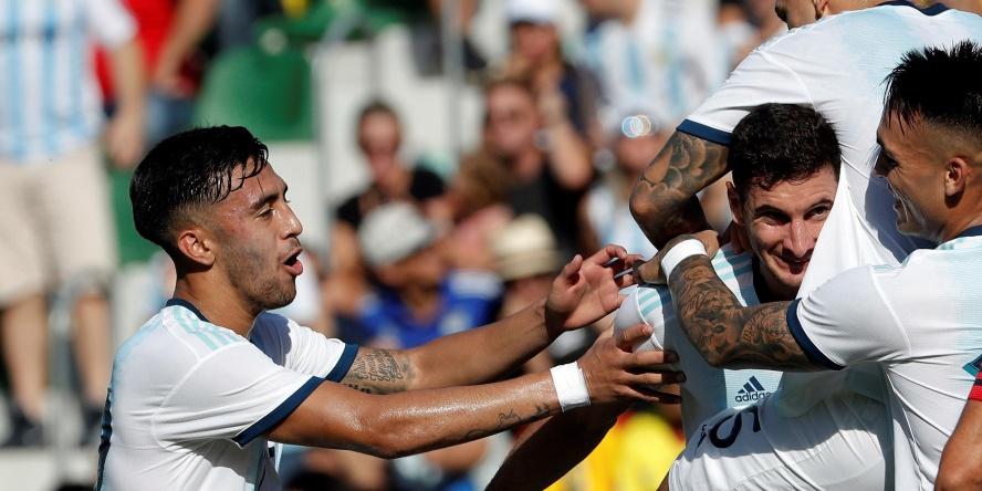 Lucas Alario (halb verdeckt) traf für Argentinien in beiden Länderspielen.